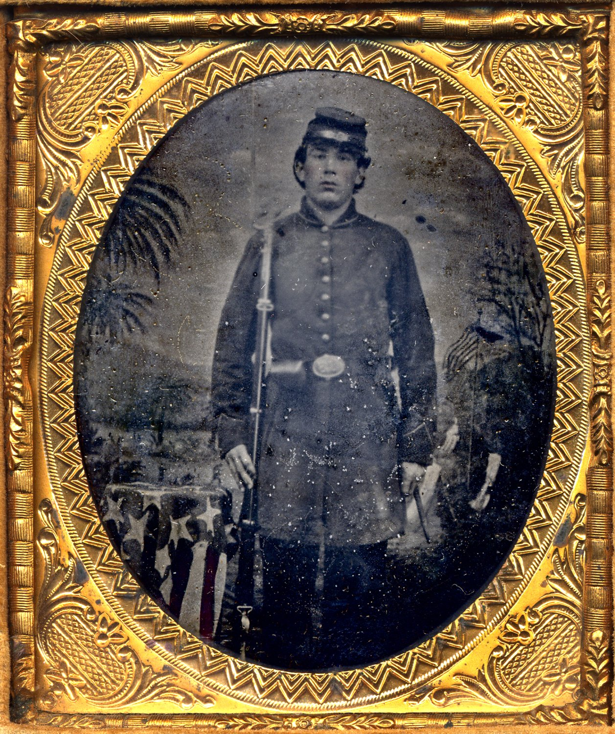 - Civil War soldier, probably Union, judging by the flag, from my private collection of daguerreotypes/tintypes. - Tony Karp, design, art, photography, techno-impressionist, techno-impressionism, aerial photography , drone , drones , dji , mavic pro , video , 3D printing - Books -