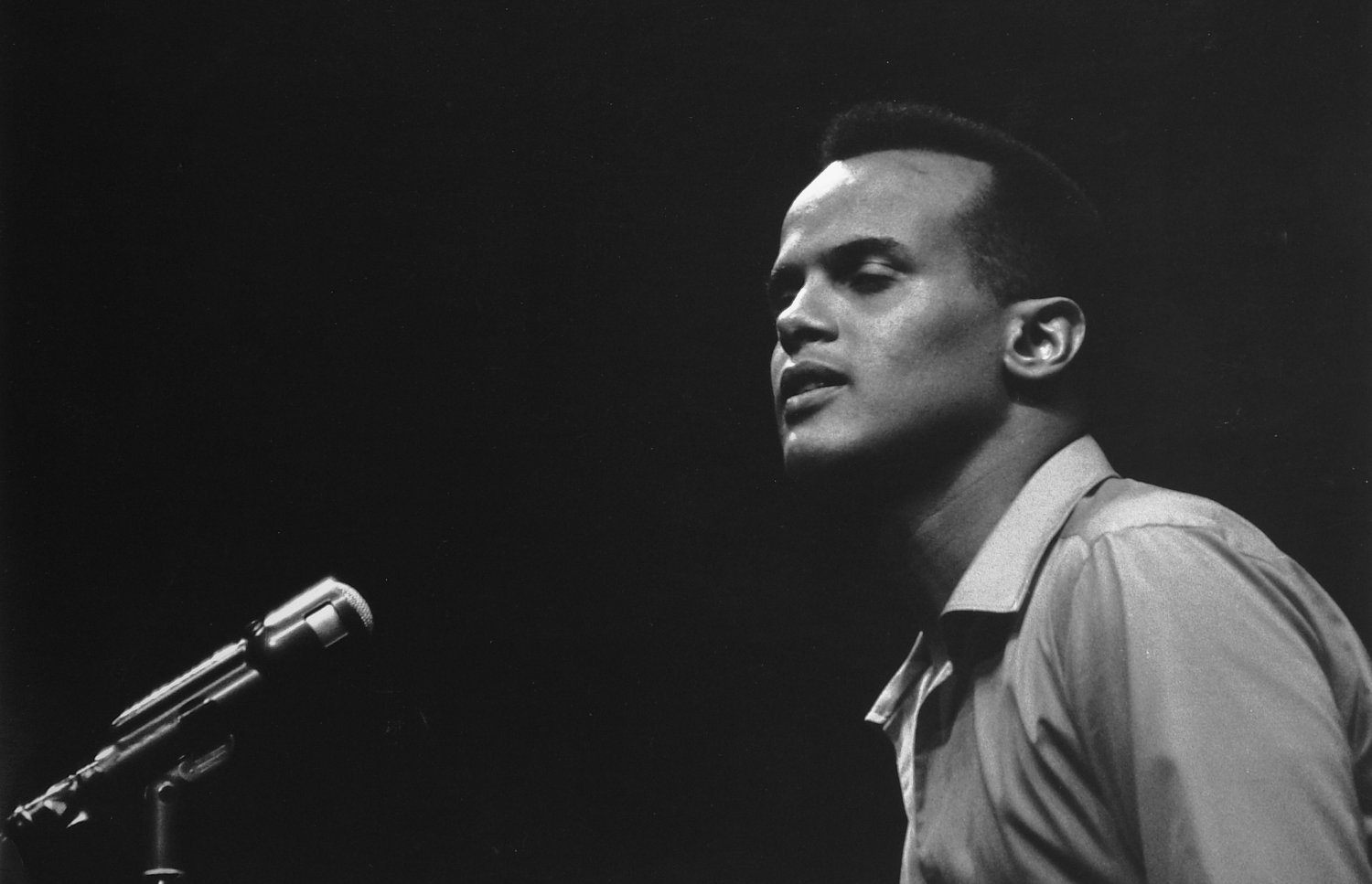 - Harry Belafonte on an NBC variety show. - Photojournalism - Life Magazine - NBC TV - Tony Karp, design, art, photography, techno-impressionist, techno-impressionism, aerial photography , drone , drones , dji , mavic pro , video , 3D printing - Books -